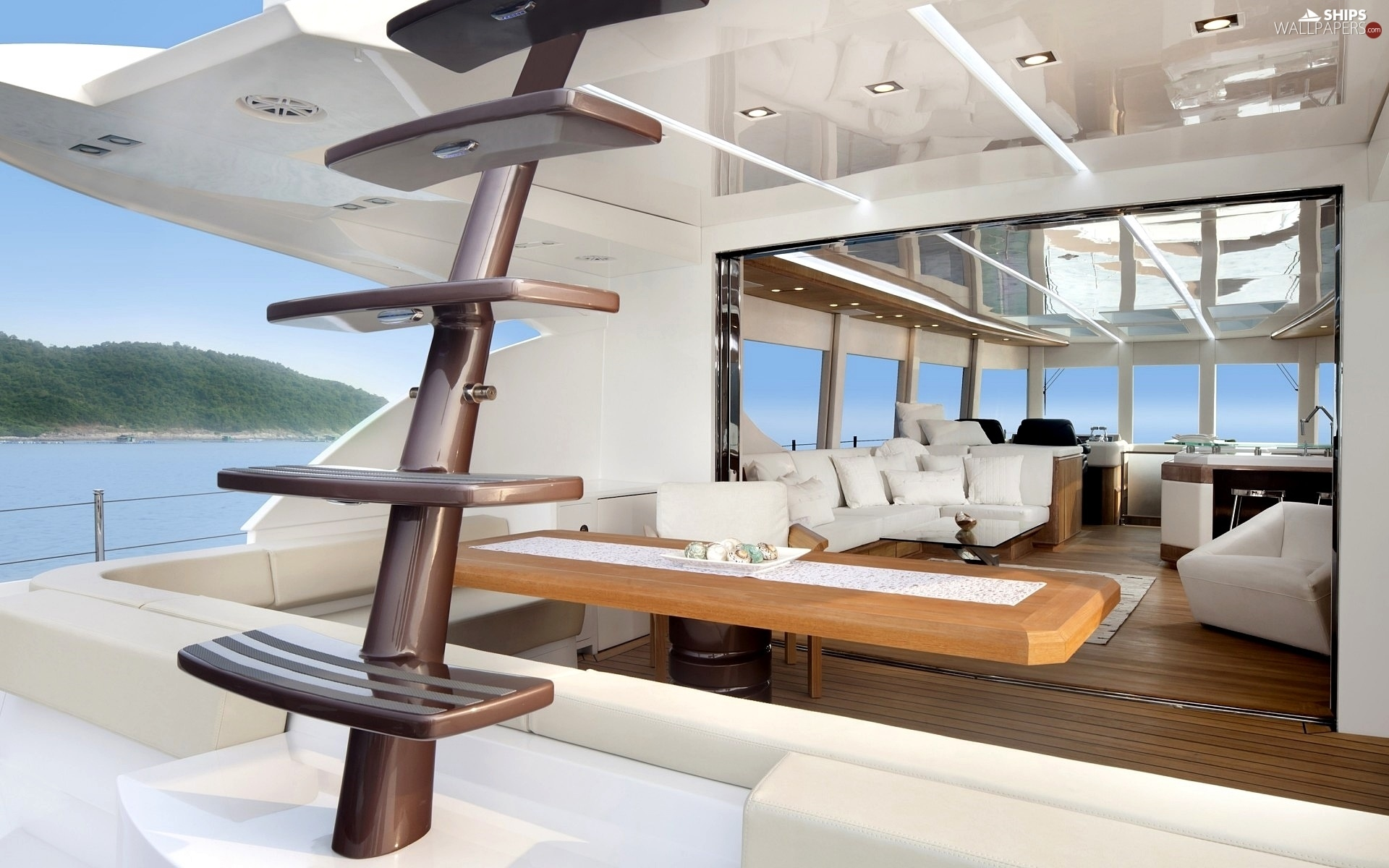 http://wecarlovers.wehomeowners.com/wp-content/uploads/2016/07/Yacht-Photo_001.jpg