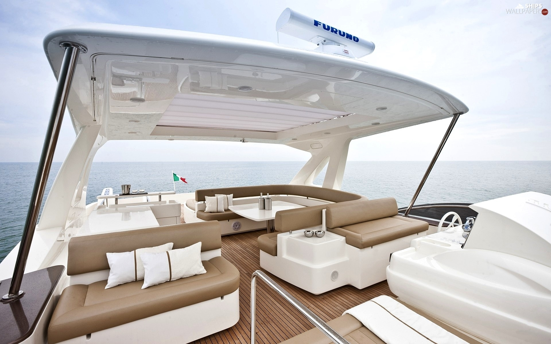 http://wecarlovers.wehomeowners.com/wp-content/uploads/2016/07/Yacht-Photo_002.jpg